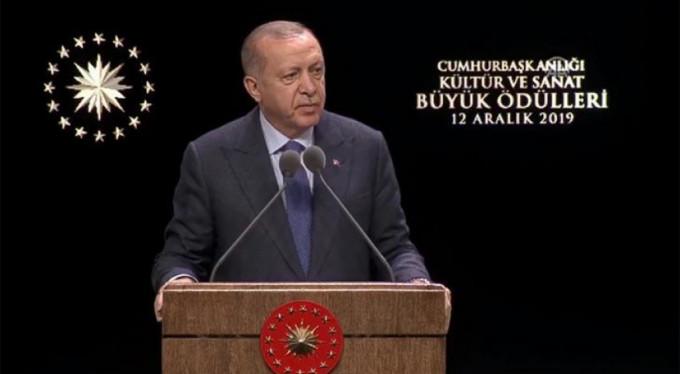 """""""SANATA YAPILAN YATIRIM GELECEĞE YAPILAN YATIRIMDIR"""""""