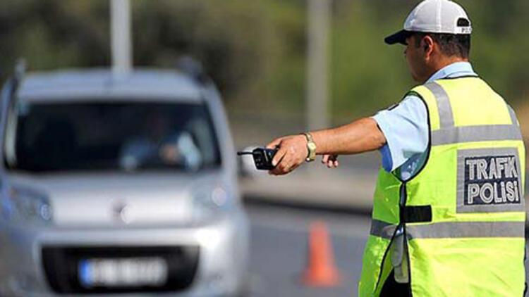19.10.2020 ile 25.10.2020 tarihleri arasında İlimiz polis sorumluluk bölgesinde; 28 yaralamalı trafik kazası meydana gelmiş, bu kazalarda 39 vatandaşımız yaralanmıştır.