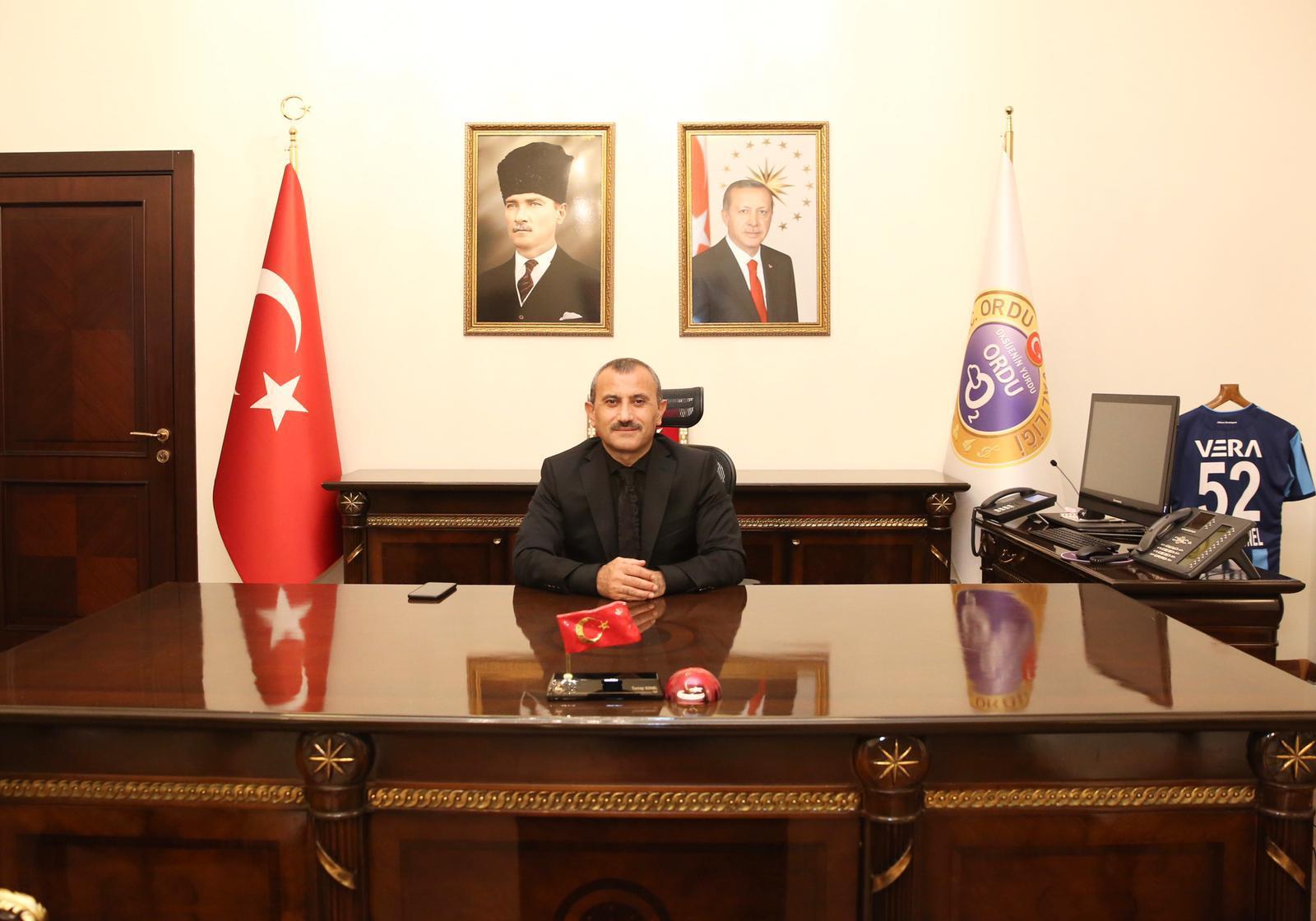 Vali Tuncay Sonel'in 19 Ekim Muhtarlar Günü Mesajı
