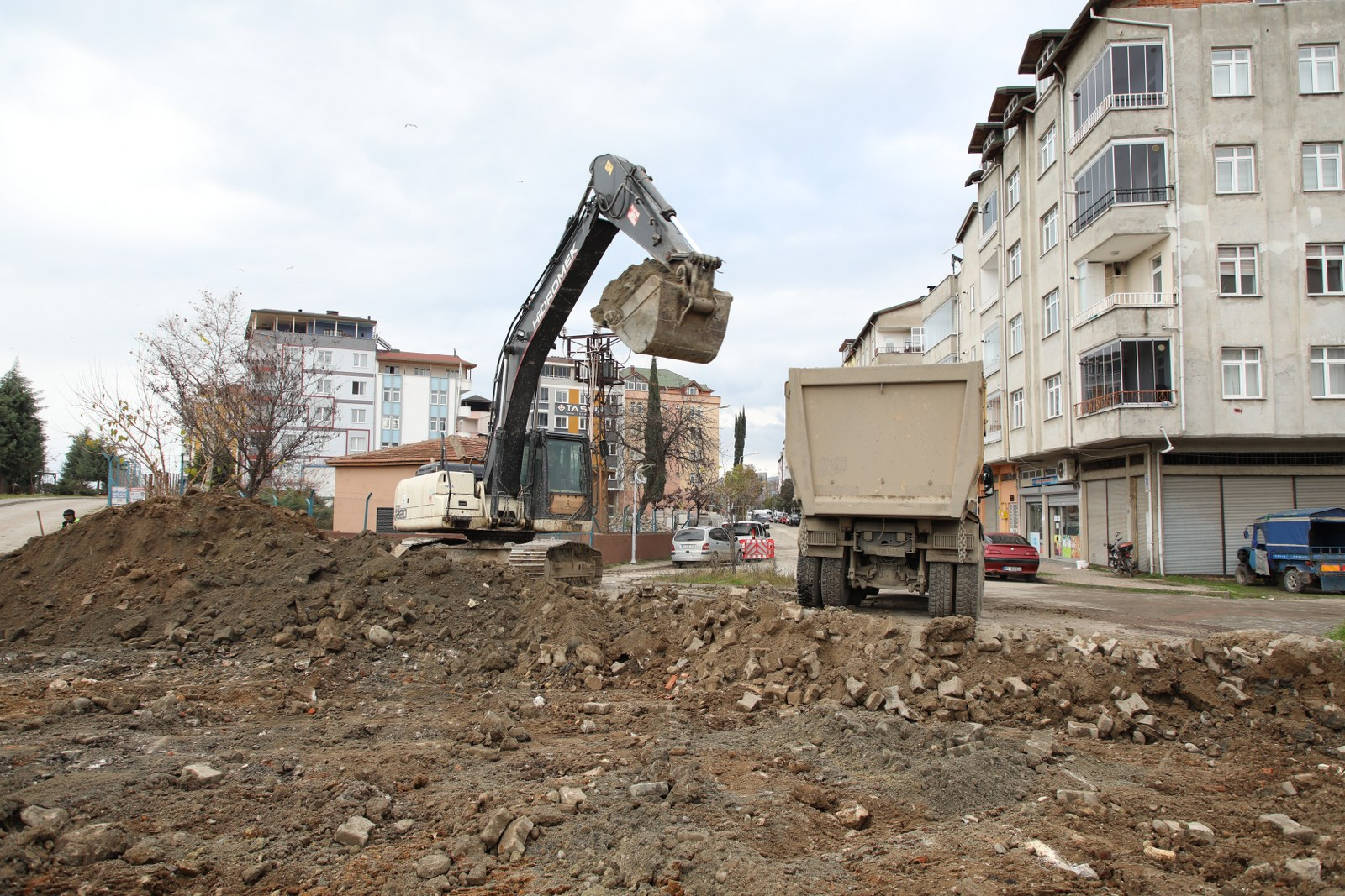 SED CADDESİ'NDE İKİNCİ ETAP ÇALIŞMALARA START VERİLDİ