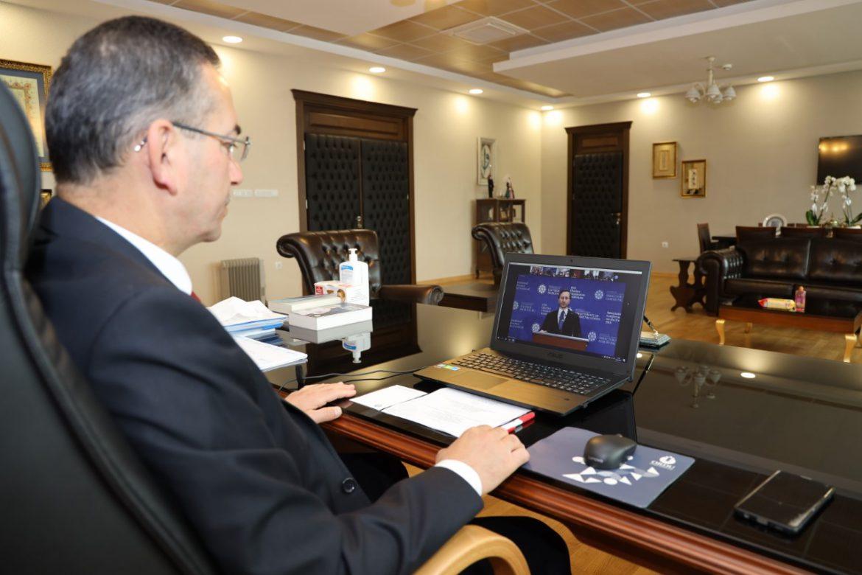 """Rektör Akdoğan """"1915 Olayları Uluslararası Konferansı""""na Katıldı"""